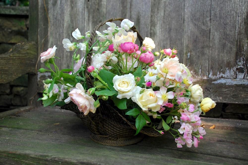 A Tisket A Tasket Flowers In A Basket Flower Magazine