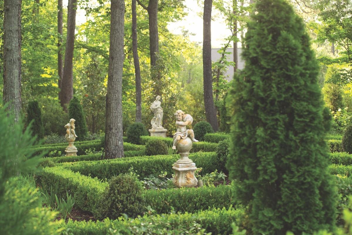 A Guide to Garden Statuary Flower Magazine
