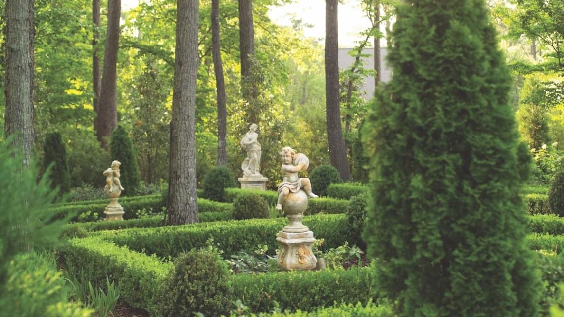 garden statues, statuary