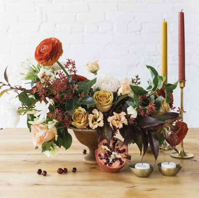 holiday table centerpiece, holiday celebrations