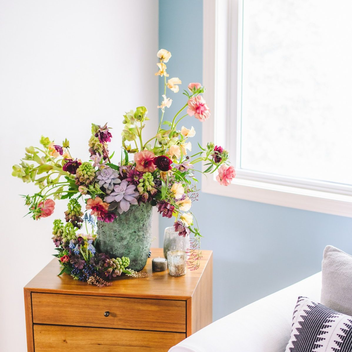 Winter flower arrangements flower magazine home lifestyle looking to spring with susan mcleary izmirmasajfo