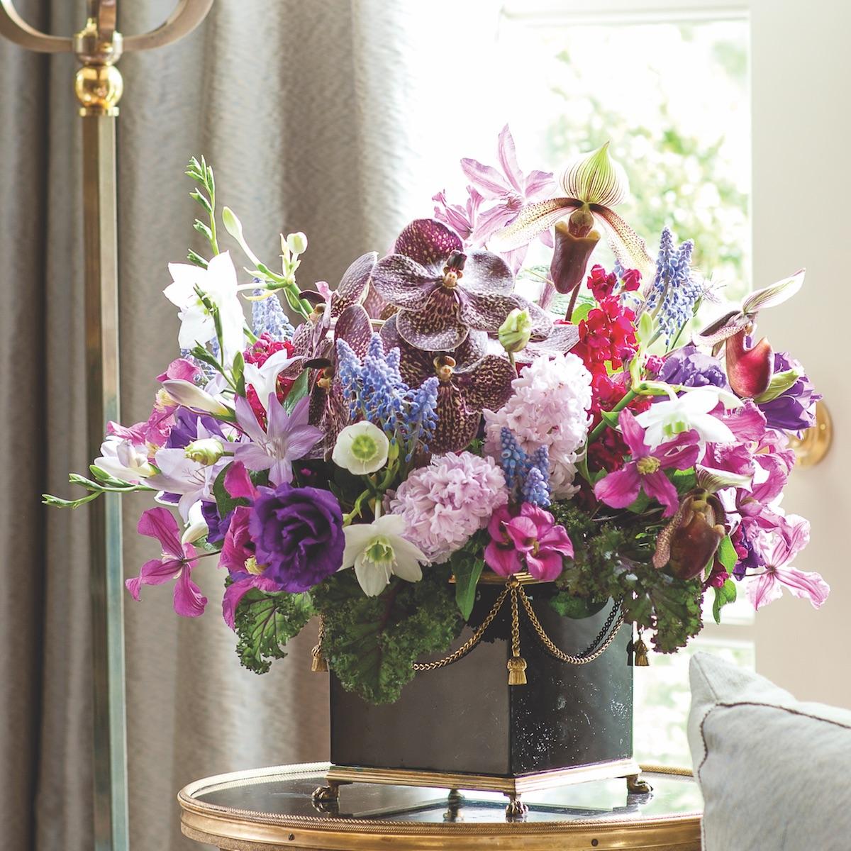 Michal evans artistic arrangements flower magazine michal evans arrangements michal evans flower arrangement izmirmasajfo