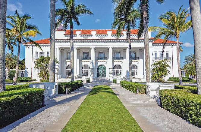 Flagler Museum, Things to see in Palm Beach