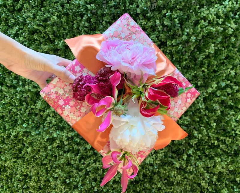 Decorate A Gift Box With Flowers For Mothers Day A