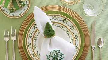 green and gold holiday place setting