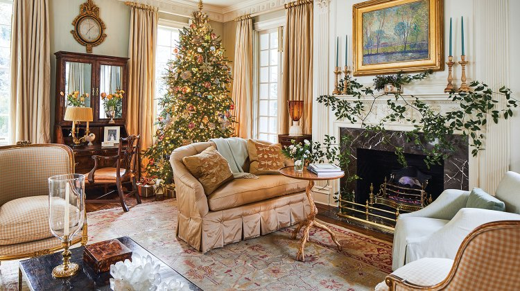 Christmas tree and mantel decor