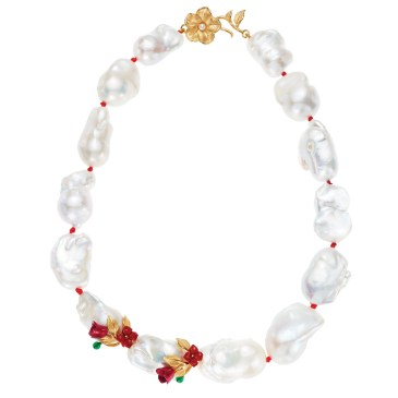 Short necklace of large freshwater pearls, with botanical accents in gold and red