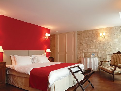 hotels near Loire Valley chateaux