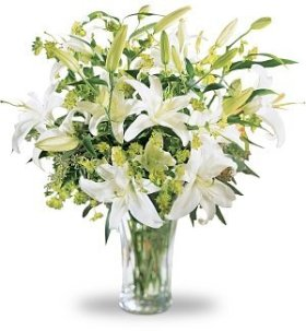 Lilies and More Bouquet, Deluxe