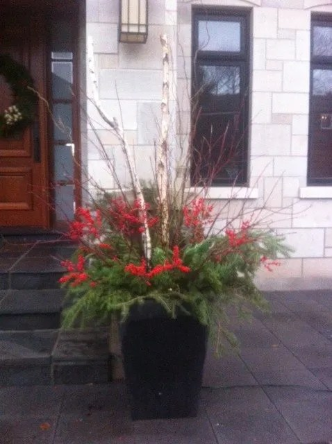 3 Easy Steps to Winter Urns