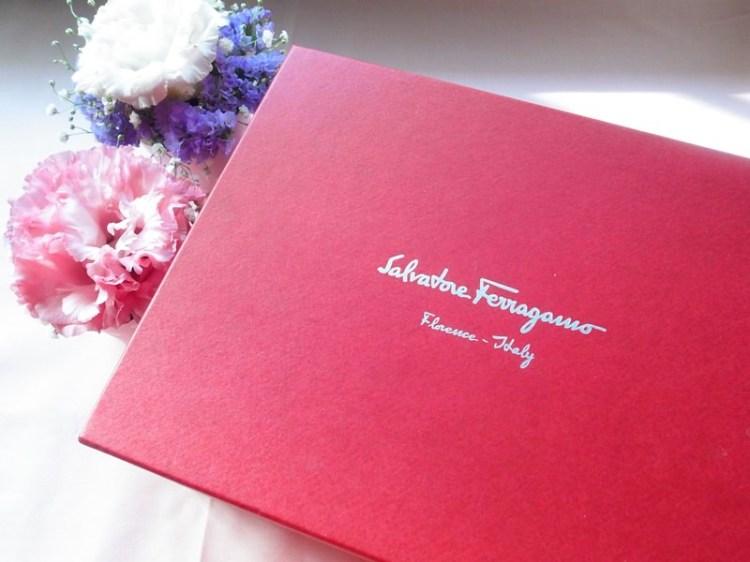 【Engagement】我的訂婚六禮之二~Salvatore Ferragamo粉紅蝴蝶結小包