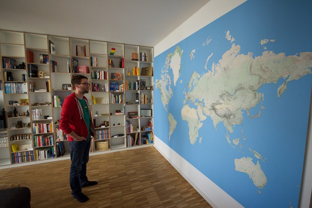 Selfprinting A Wallsized World Map FlowingData - Big world map for wall