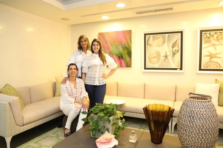 2- Rita Brugal, Ana thomen y Amelia Fernández (foto secundaria)