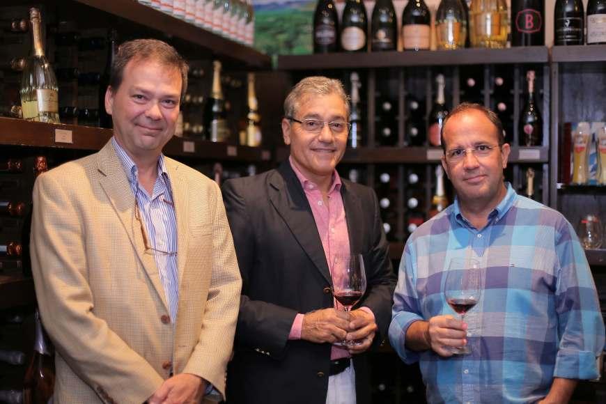 6 Nestor Da costa, Angel Ramos y Jose Luis Castillo