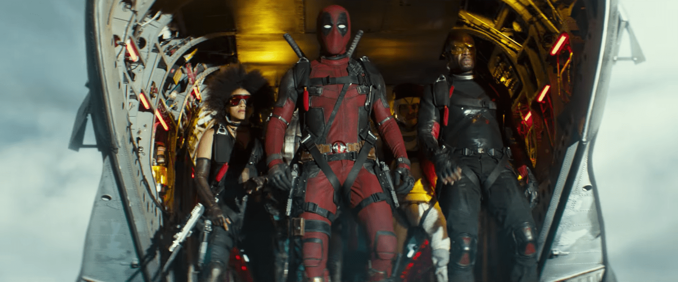 the-x-force-in-deadpool-2-with-shatterstar-behind-terry-crews