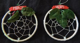 "To protect from evil dreams-United States-Lakota-Beads/thread/felt-3"" diameter"