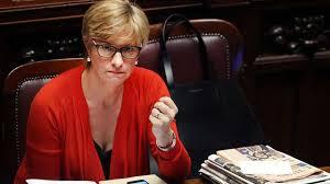 La Ministra Roberta Pinotti in Parlamento