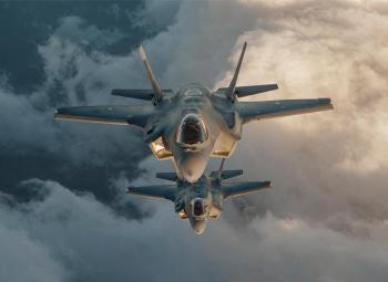 Caccia F-35 in volo
