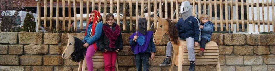 Pferde mit Kindern