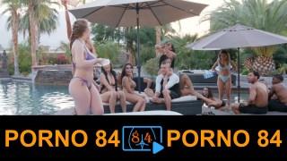 Sikiş partisi yapan swinger konulu porno sever kadınlar