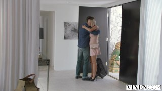 Yuvarlak kalçalı Jessa Rhodes pornosu