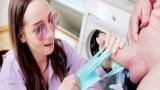 Çamaşırhanede sik bulan masum kız