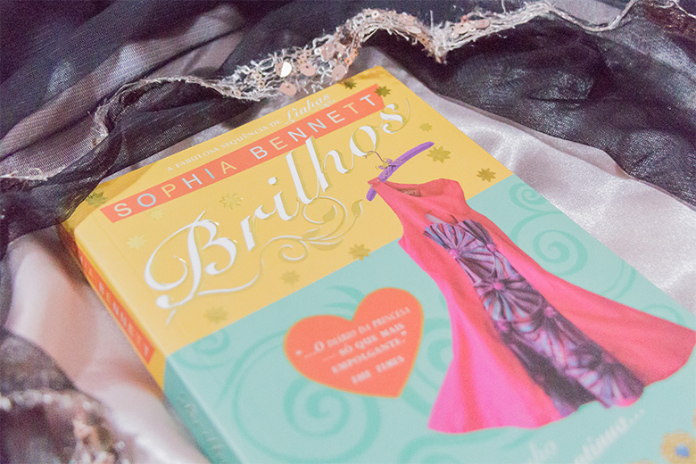 resenha Sophia Bennet Brilhos série Linhas