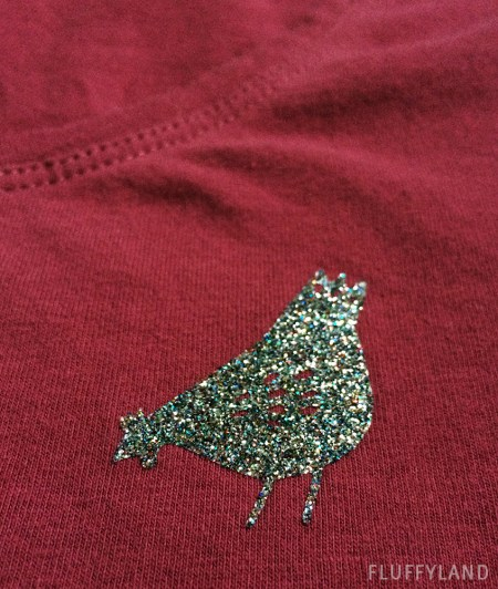 diy hen party shirt - hen detail