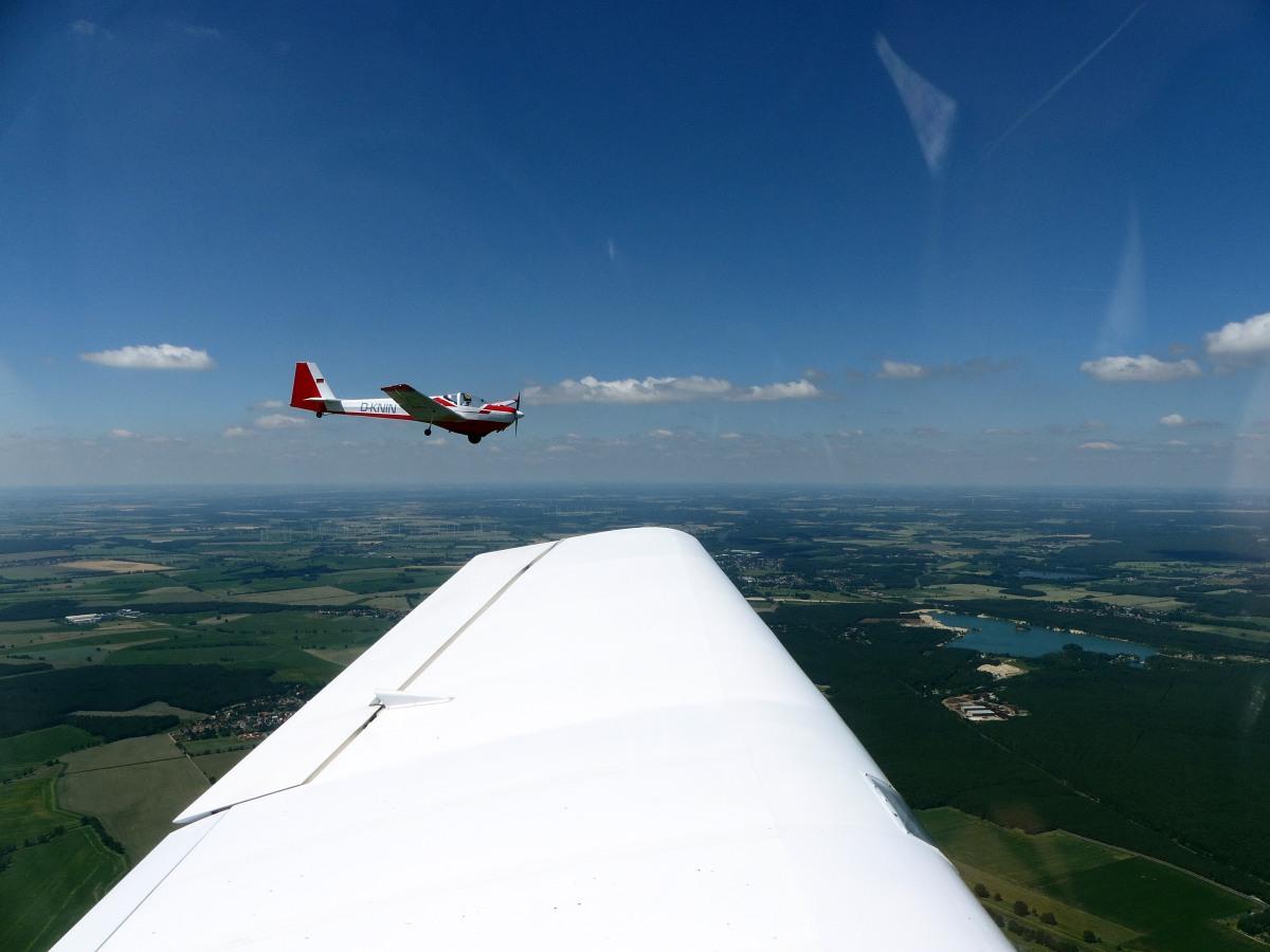 DR400 Remorqueur D-EHDR Formationsflug