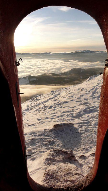 Creasta Sudica Piatra Craiului iarna