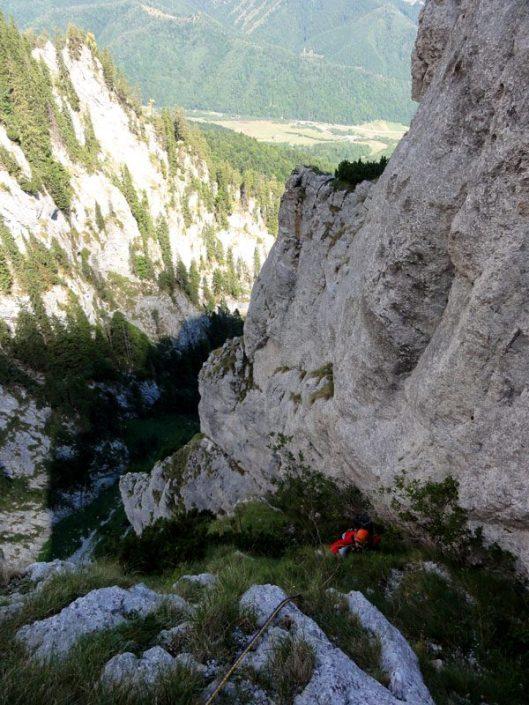 Traseul Izvor, alpinism în Piatra Craiului