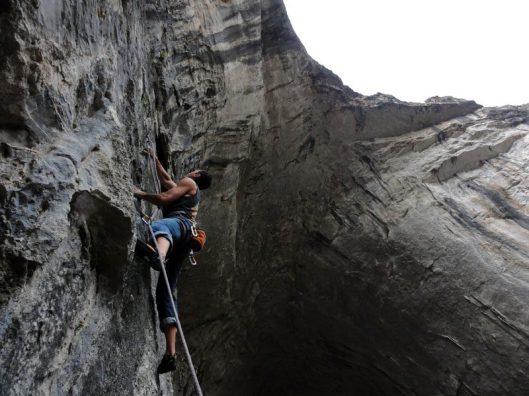 catarare in pestera bulgaria_climbing in Karlukovo