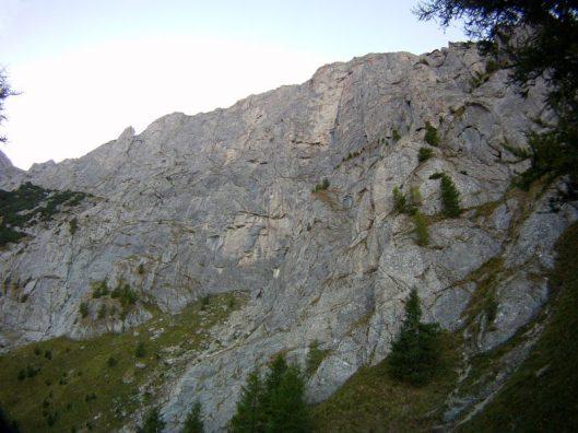 peretele din valea alba, climbing in Romania