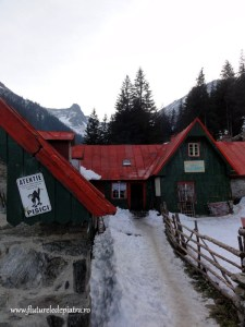 cabana sambata iarna muntii fagaras