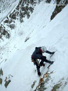 alpinism coltul balaceni iarna