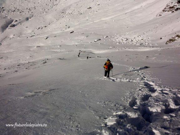 plimbare muntii fagaras iarna
