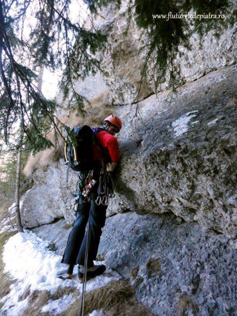alpinism peretele valcelului pietros
