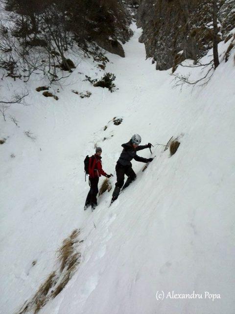 iarna pe traseele nemarcate din Bucegi