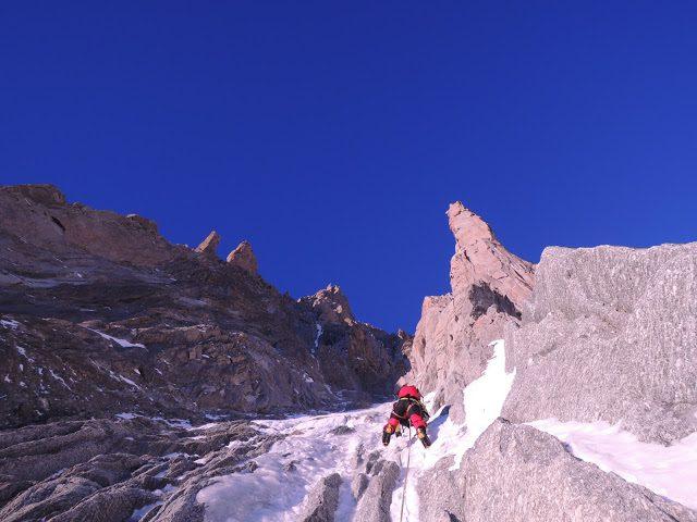 alpinism gheata mont blanc du tacul