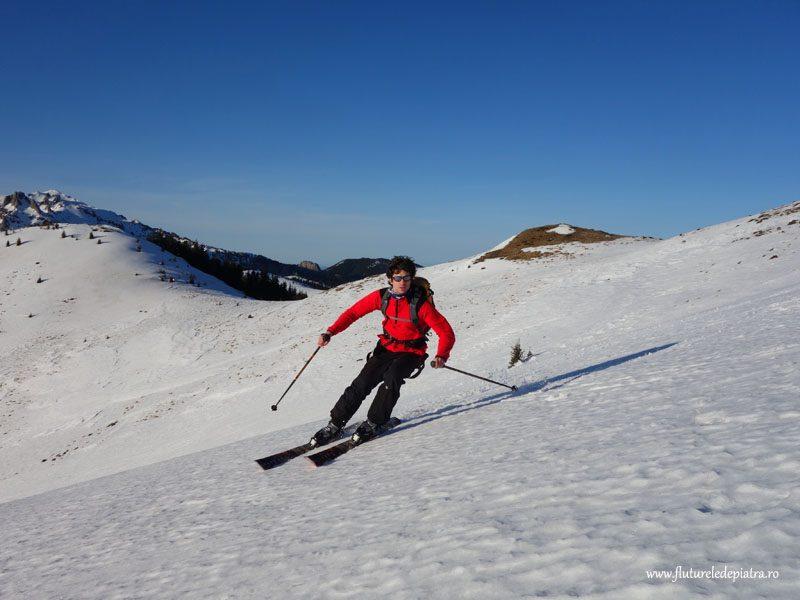 schi pe muntele rosu