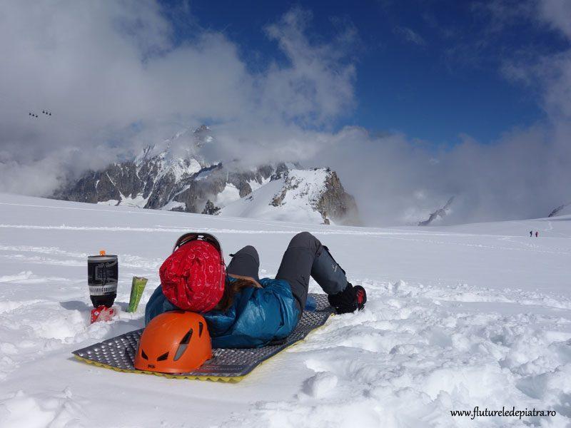 relaxare pe ghețar si Arete de Rochefort în față