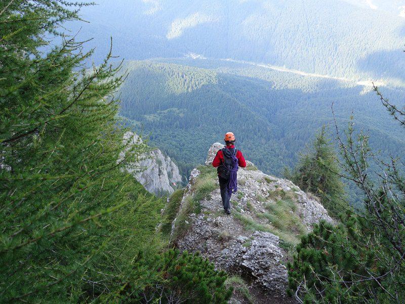 traseul diedrul pupezei_peretele vaii albe_alpinism (39)