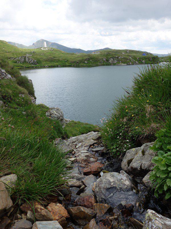 monumentul nerlinger, al alpiniștilor, Lacul Capra în Munții Făgăraș