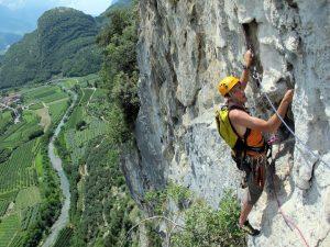la cățărat în Arco. foto: Dragoș Nedelcu