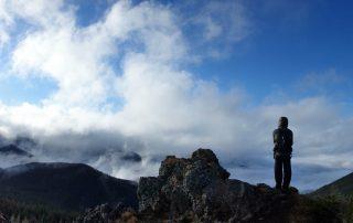 deasupra Munților Călimani, 12 Apostoli