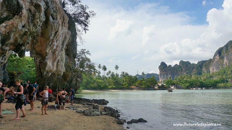 faleza Muai Thai, pe plaja Railay, escalada thailanda