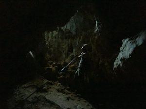 explorând The Cave din Kalymnos. Între lumini și întuneric, catarat Grecia