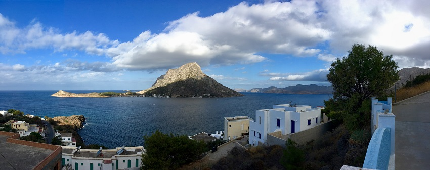 rasarit priveliște spre insula Telendos dinspre Massouri, Kalymnos