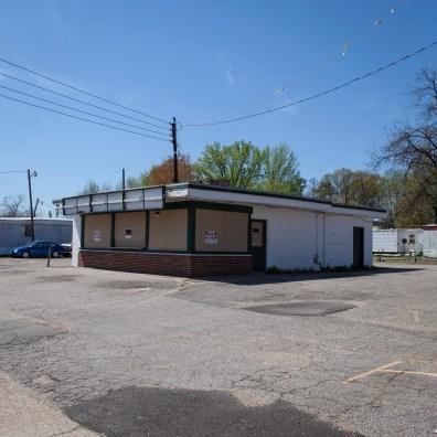 Abandoned Restaurant, Jefferson Davis Highway, Virginia, 2011