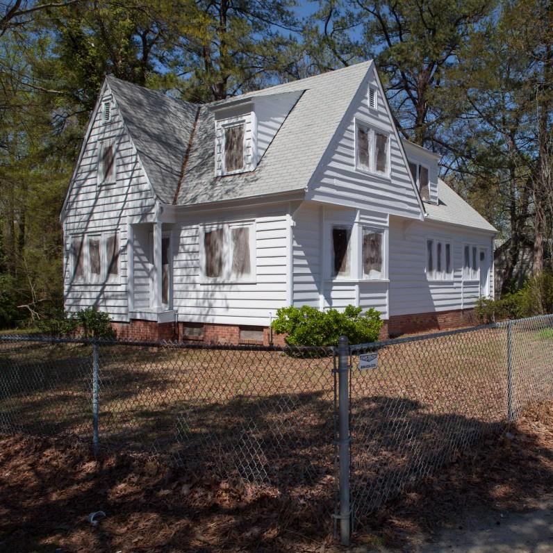 Abandoned Home No. 5, Jefferson Davis Highway, Virginia, 2011